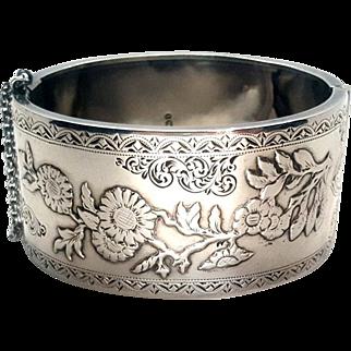 Gorgeous 1893 Sterling Silver Victorian Repoussé Floral Aesthetic Bangle