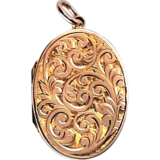 Sweet Victorian 9K Rose Gold Aesthetic Locket