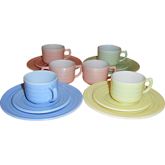 1940's Hazel Atlas Little Hostess Child's Tea Set