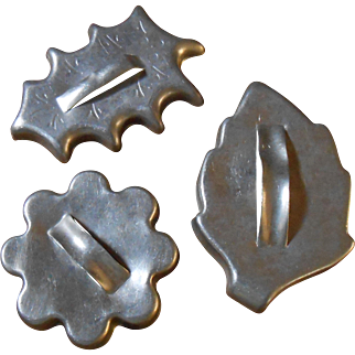 1950's Leaves & Flower Cookie Cutter, Aluminum