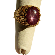 Vintage 14 K Gold and Star Ruby  Ring