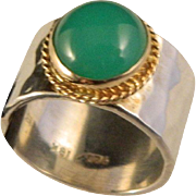 Vintage Wide 18 K gold, sterling silver Chrysoprase band