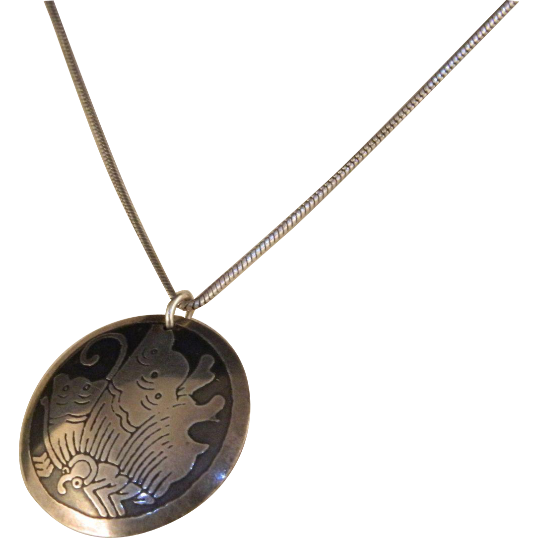 Vintage Sterling Silver Acid Etched Floral Pendant Necklace