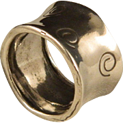 Vintage Wide Band Spiral Concave Sterling Silver Ring