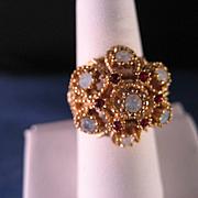 Vintage 14 K Gold Pagoda Style Ring