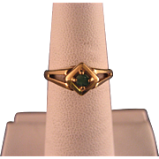 Vintage 10 K Yellow Gold Emerald Birthstone Ring