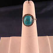 Vintage Navajo Child's Turquoise and Silver Ring