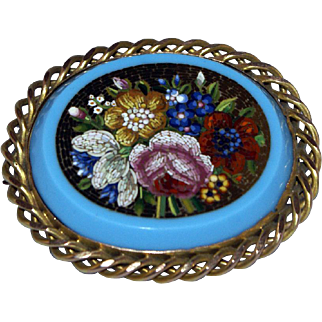 Micromosaic flowers gold brooch