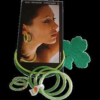Vintage Buch & Deichmann Nylon Plastic Neckring,, Bracelet & Clip Earring Set - Unworn - Denmark