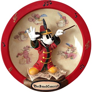Very Cool Vintage Disney Mickey Mouse Collector Plate with C of A