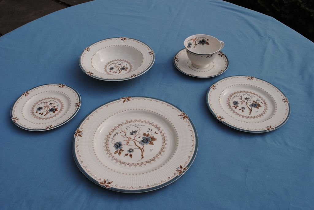 "Beautiful Royal Doulton Dinner Service....""Old Colony"""
