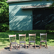 Set Of 4 Circa 1820-40 Rabbit Ear Windsor Chairs With Plank Seats