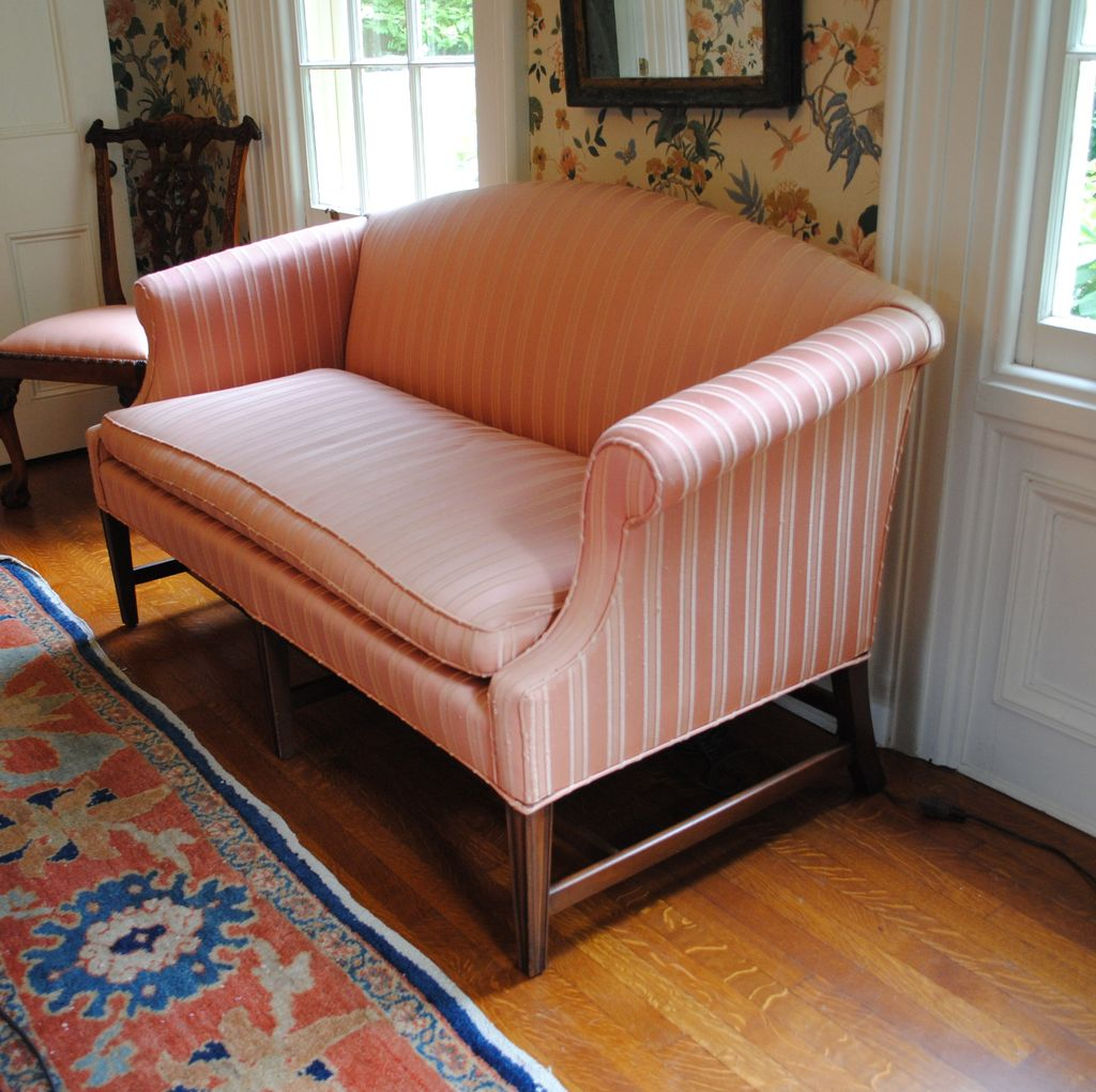 Kittinger Federal Style Mahogany Loveseat Or Small Sofa...Elegant