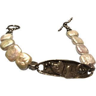 Gorgeous Cultured Pearl Sterling Handcrafted Bracelet