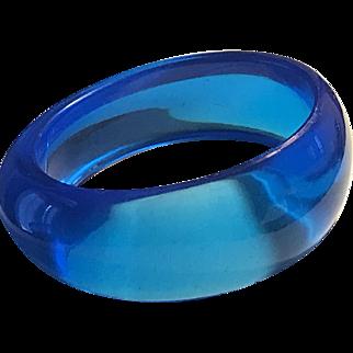 Lovely Vintage Blue Lucite Bangle Bracelet