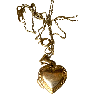 Lovely Petite 14k Yellow Gold Heart Locket Pendant with Chain