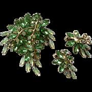 Vintage Rhinestone Set Pin Earrings Green Stunning