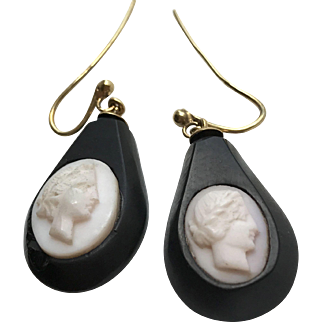 9 Karat Gold Whitby Jet Earrings with Shell Cameos