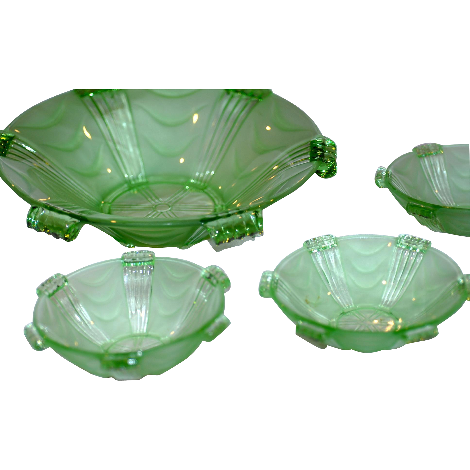 art deco glass fruit bowl id e inspirante. Black Bedroom Furniture Sets. Home Design Ideas