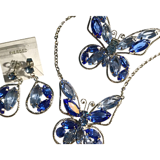 Beautiful Blue Rhinestone Butterfly Set Necklace Pin Earrings