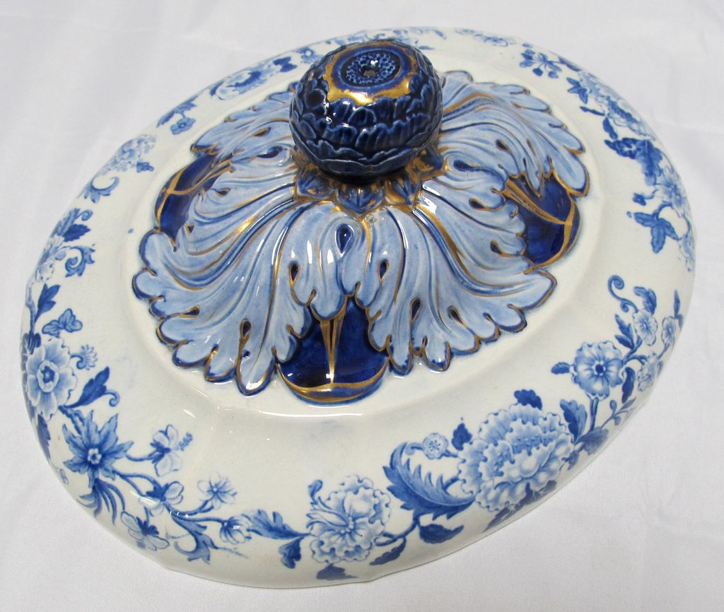 Antique Tureen Lid Blue White