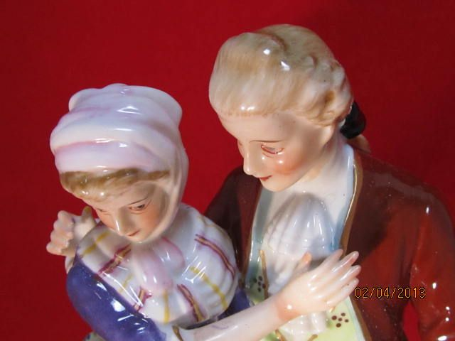 Japanese Porcelain Figurine Courting Couple From