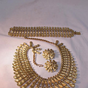 BSK Necklace Bracelet Earring Set Gold Tone