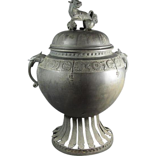 Important Antique Japanese Bronze Shi Shi Censer