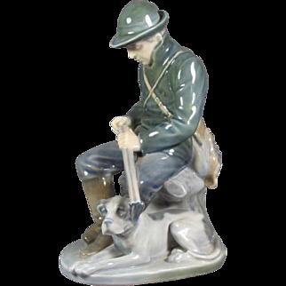Royal Copenhagen Figurine Man with  Dog # 1087