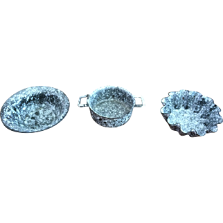 Set of 3 Miniature Doll Size Graniteware Pans
