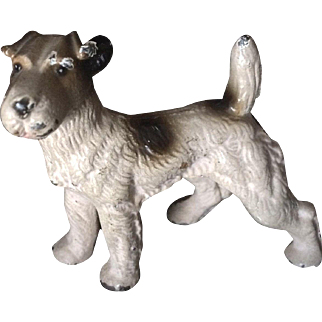 HUBLEY Airedale Wire Terrier Dog Iron Figure Paperweight