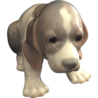 Lladro Sad Puppy Figurine #1071