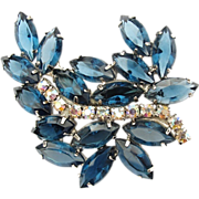 Beautiful Blue Vintage Crystal Rhinestone Brooch