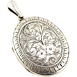 Victorian Locket Pendant Engraved With Floral Theme Trio of Flowers