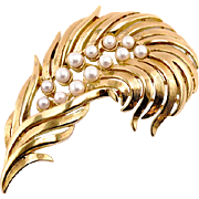 Vintage Feather Brooch With Faux Pearls by Monet