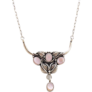 Vintage Sterling Silver Native American Necklace With Pink Mother of Pearl