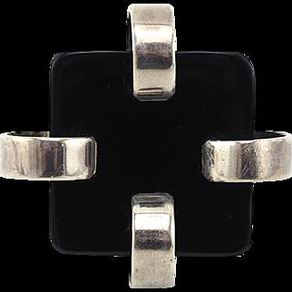 Huge Vintage Sterling Silver Modernist Ring With Black Plastic Insert
