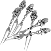Strawberry Vine Strawberry Fork 6 Pieces Sterling Silver Tiffany 1875