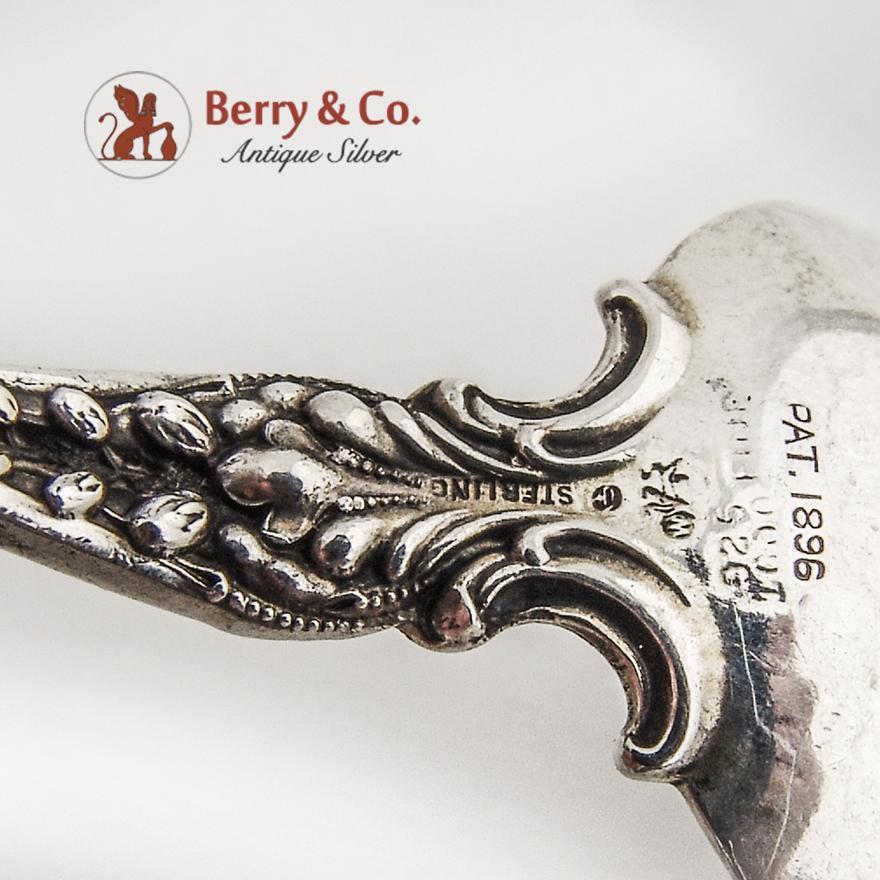 teaspoon sterling silver st louis souvenir spoon whiting. Black Bedroom Furniture Sets. Home Design Ideas