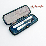 Small Set Fork and Spoon Boxed Mother of Pearl Handles Sterling Silver Sheffield 1904