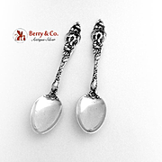 Les Six Fleurs Demitasse Spoons Pair Reed And Barton Sterling Silver Pat 1901