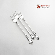 Savannah Cocktail Seafood Forks Set Reed And Barton Sterling Silver 1962