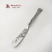 Vine Daisy Master Butter Knife Engraved Blade Tiffany Co Sterling Silver 1880