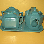 T-Ball Teapot Bacharach Stupakoff Latrobe PA Under-plate  Cream Sugar