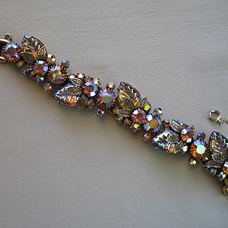 Vintage D&E JULIANA Topaz Molded Iridescent Leaf & AB Stone Bracelet - Rare & Wonderful