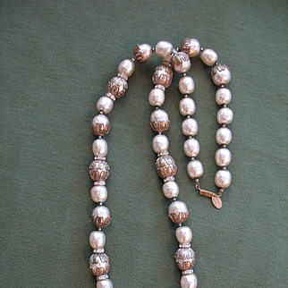 Glorious & Elegant Chunky MIRIAM HASKELL Faux Pearl (Niki) Necklace - Great Condition