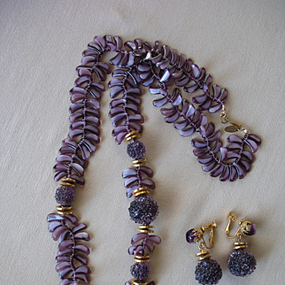 Divine Vintage MIRIAM HASKELL Fringe-Like Art Glass Bead Necklace Earrings