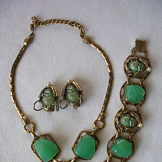Exceptional SELRO Pearlescent Green Asian Princess Necklace Bracelet Earrings