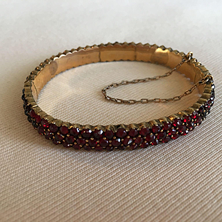 Divine VICTORIAN Bohemian Garnet 3-Row Hinged Bangle Bracelet