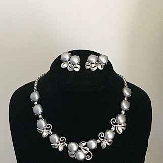 Exceptional Vintage SCHIAPARELLI Silvertone Necklace Earrings